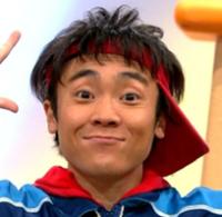 体操のお兄さん小林よしひさの筋肉と薄毛が気になる!結婚や彼女の存在は?
