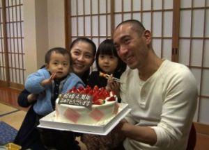 小林まおの家族写真